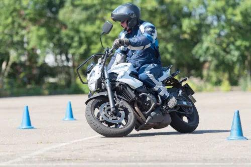 Motorrijbewijspoint Ridderkerk motor rijtest