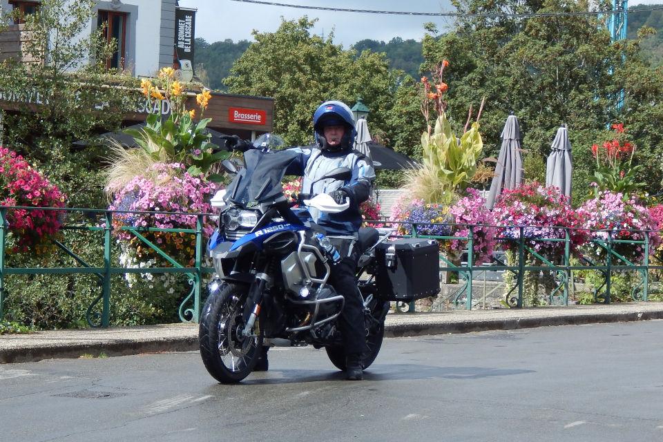Motorrijbewijspoint Ridderkerk examengarantie AVB en AVD